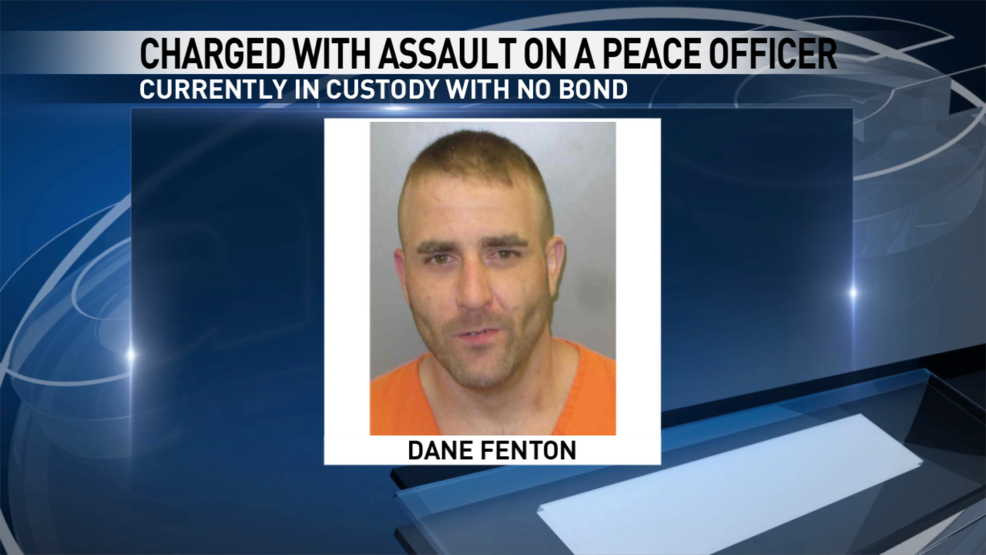 Wanted Iowa man back in custody after pointing rifle at deputies